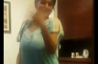 tamil hot aunty dance