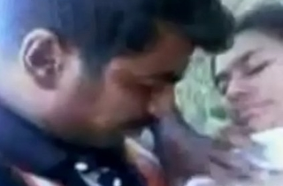 Indian Beautifull Girl Fucking wide Jungle with Boyfriend Sex Video
