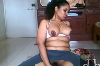 indian babes sex Ripped pants and use cucumber to masturbate - XVIDEOS.COM