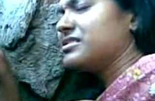Cute Bengali Girl'_s Boobs Fondeled By Her Boy Friend Behind A difficulty Rocks